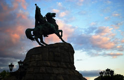 Monumento de Bohdan Khmeknitsky em Kiev, Ucrânia Foto de Stock Royalty Free