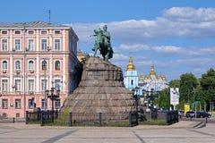 Monumento de Bohdan Khmelnytsky em Kiev, Ucrânia Imagem de Stock Royalty Free