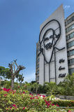 Monumento de Camilo Cienfuegos no quadrado da revolução, Havana Fotografia de Stock