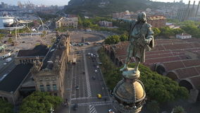 Monumento de Columbus en Barcelona metrajes