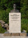 Monumento de coronel Birger Eriksen en Moskenes Foto de archivo