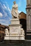 Monumento de Dante Alighieri en el primer de Florencia Fotografía de archivo libre de regalías