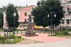 Monumento de general Seslavin en la ciudad de Rzhev, región de Tver, Rusia Imágenes de archivo libres de regalías