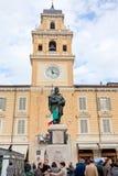Monumento de Giuseppe Garibaldi en Parma, Italia Foto de archivo