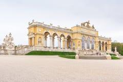 Monumento de Gloriette no palácio de Schönbrunn, Viena foto de stock