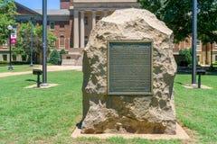 Monumento de guerra confederado en la universidad de Alabama imagen de archivo libre de regalías