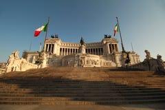 Monumento de guerra imponente de Roma Fotos de archivo libres de regalías