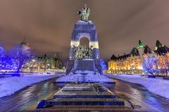 Monumento de guerra nacional - Ottawa, Canadá Fotos de archivo libres de regalías