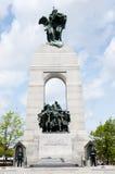 Monumento de guerra nacional - Ottawa - Canadá foto de archivo