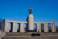 Monumento de guerra soviético, parque de Treptower, Berlín, Alemania Imagenes de archivo
