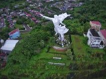 Monumento de Jesus Blessing da cidade de Manado fotografia de stock royalty free