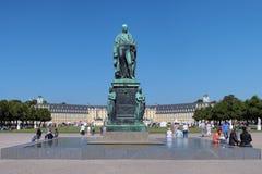 Monumento de Karl Friedrich von Baden en Karlsruhe imagen de archivo