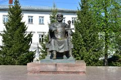 Monumento de Kostroma à escultura de Yuri Dolgoruky que pesa 4 toneladas e uma altura de 4 5 medidores olham majestosos fotografia de stock royalty free