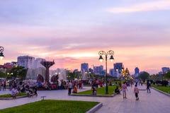 Monumento de la independencia en Phnom Penh céntrico fotos de archivo