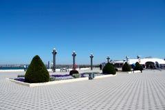 Monumento de la naturaleza de las calles de la ciudad de la arquitectura Imágenes de archivo libres de regalías