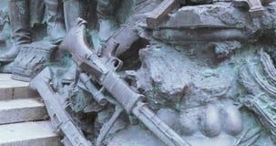 Monumento de la parte en Victory Park Moscow almacen de metraje de vídeo