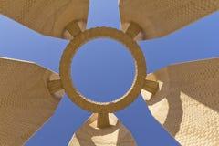 Monumento de la presa de Aswan (Egipto) Imágenes de archivo libres de regalías