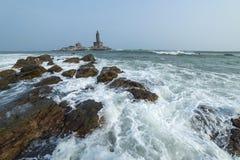 Monumento de la roca de Vivekananda y estatua de Thiruvalluvar Imágenes de archivo libres de regalías