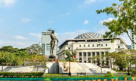 Monumento de Lapu-Lapu en el parque de Rizal - Manila, las Filipinas imagen de archivo