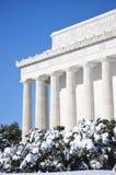 Monumento de Lincoln en nieve Imágenes de archivo libres de regalías