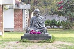 Monumento de Mahatma Gandhis en Ahmadabad imágenes de archivo libres de regalías
