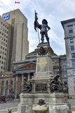 Monumento de Maisonneuve - d'Armes del lugar - Montreal Fotografía de archivo libre de regalías