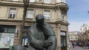 Monumento de Nikola Tesla en Zagreb, Croacia almacen de video