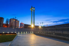 Monumento de tres cruces en el cuadrado europeo de la solidaridad Fotografía de archivo