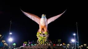 Monumento de un águila fotos de archivo