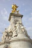 Monumento de Victoria en el Buckingham Palace Fotografía de archivo libre de regalías
