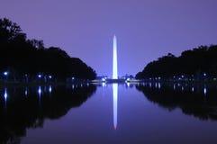 Monumento de Washington en la noche Imágenes de archivo libres de regalías
