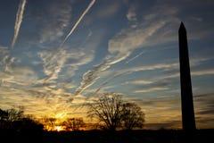 Monumento de Washington en la puesta del sol Imagen de archivo libre de regalías