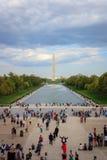 Monumento de Washington y piscina de reflejo imagenes de archivo