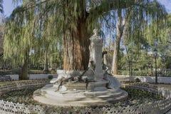 Monumento dedicado ao poeta Gustavo Adolfo Bcquer em Sevilha fotografia de stock royalty free