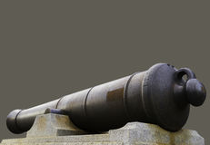 Monumento del barril del cañón de la guerra en el fondo verde oliva gris, conmemoración Fotografía de archivo