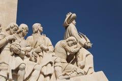Monumento del descubrimiento en Lisboa fotos de archivo