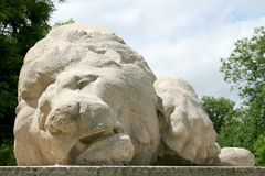 Monumento del leone ferito a Verdun (primo piano) Immagine Stock