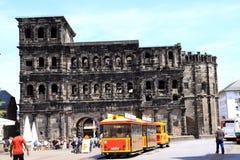 Monumento del Nigra di Porta dalla città romana di periodi del tedesco di Treviri fotografia stock libera da diritti