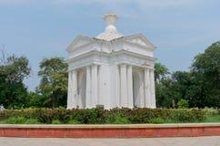 Monumento del parque de Aayi Mandapam en Pondicherry, la India Fotografía de archivo