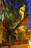 Monumento di Luce di della di Uomo - di Milano Immagini Stock Libere da Diritti