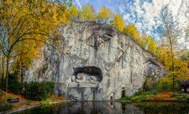 Monumento di morte del leone di Lucerna immagine stock