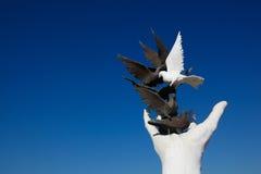 Monumento di pace di Kusadasi fotografia stock libera da diritti