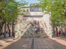Monumento di Sandro Pertini a Milano Immagini Stock Libere da Diritti