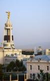 Monumento di Saparmurat Niyazov, Presidente di Turkmenistan Fotografia Stock