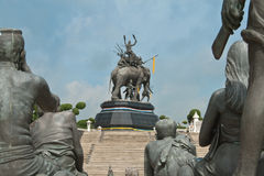Monumento di Srisuriyothai Immagine Stock