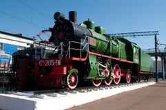 Monumento di vecchia locomotiva di vapore Immagine Stock