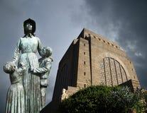 Monumento di Voortrekker e statua della madre Fotografia Stock Libera da Diritti