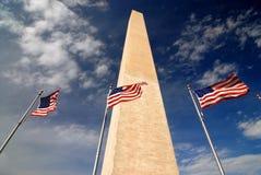 Monumento di Washington della bandiera americana Fotografie Stock