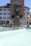 Monumento di Wilhelm Tell sulla capitale cantonale di Altdorf Immagini Stock Libere da Diritti