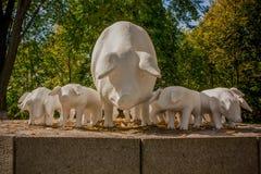 Monumento divertente dei maiali Immagine Stock Libera da Diritti